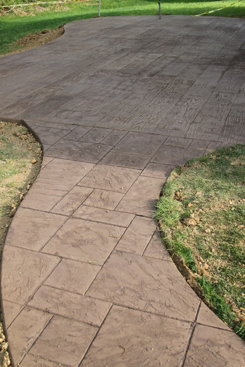 Stamped concrete the lil house that could part 2 - Stamped concrete walkway ideas ...