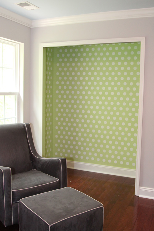 A Stenciled Closet | the lil house that could