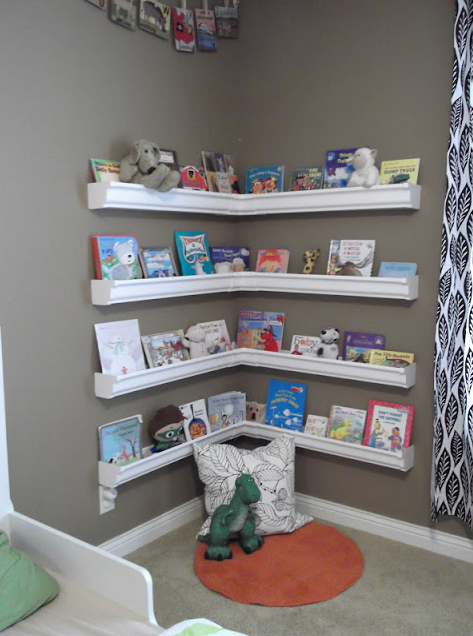 Playroom bookcase 3